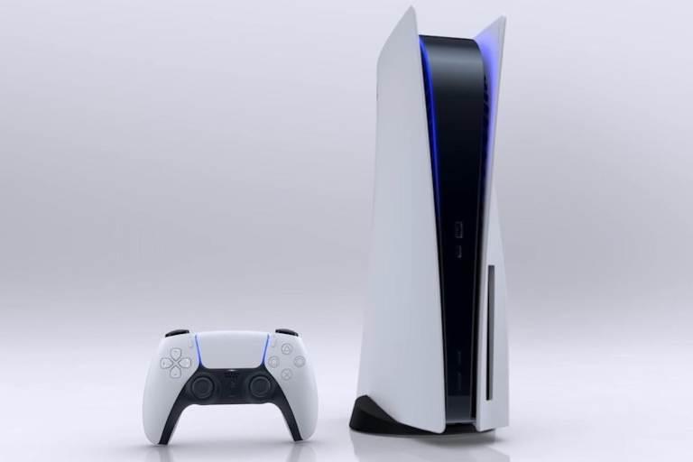 Приставка Playstation 5 с джойстиком
