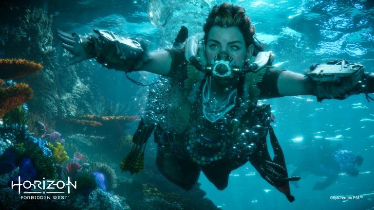 Элой под водой
